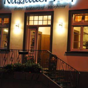 Nassauer Hof bei Nacht